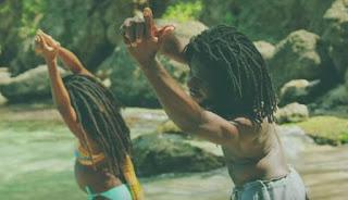 chronixx-attraverso-il-video-di-majesty-ci-immerge-nella-rigogliosa-natura-giamaicana